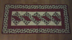 Candy Cane Christmas Runner