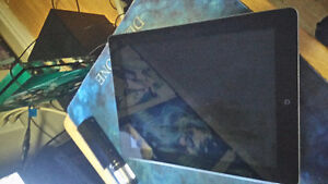 16gb iPad 2 perfect condition with case