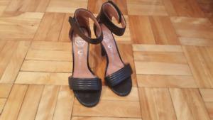 Campbell heels