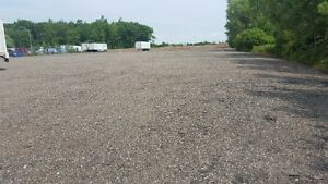TRUCK AND TRAILER PARKING FOR RENT