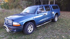 2003 Dodge Dakota Sport Pickup Truck