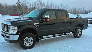 2010 Ford F-250 XLT Camionnette