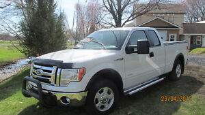 2011 Ford F-150 XLT Camionnette 4X2 échange possible