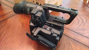 !!Panasonic AF100 professional video camera - MAKE AN OFFER!!