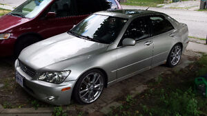 2001 Lexus IS 300 Sedan