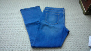 Women's Old Navy Original Medium Wash Denim Jeans Size 12 Petite