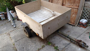 Utility Trailer – wood box  5 1/2' L * 4' W inside