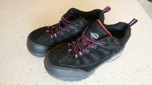 Womens Safety Shoes - Size 7 - $45