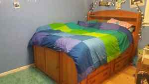 Double size solid wood bedroom set