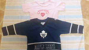 Toronto  maple leaf jersey and tshirt