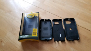 Otter boxes
