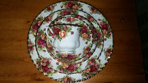 vintage royal albert old country roses place setting dishes