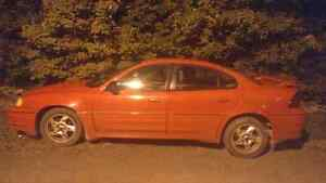 SELLING, 2004 Pontiac Grand Am Only 144K On it.  for $2600 OBO