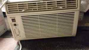 Air conditioner 8000 BTU