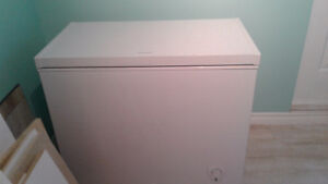 white 5 cubic feet chest freezer for sale