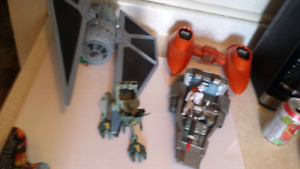 Star wars figures/ vehicles old and new