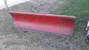8 ft snow plow 700obo