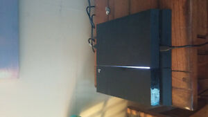 Sony Playstation 4 + Games - Jet Black 500gb good condition