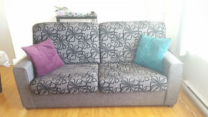 450$ - Sofa Bed in excellent condition