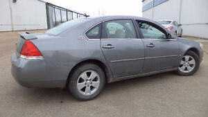 06 Impala - auto  - LOADED - SUNROOF - STARTER - ONLY 133,000K Edmonton Edmonton Area image 2