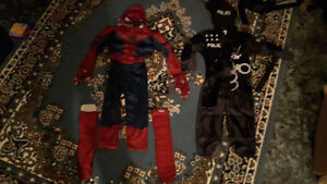 3 t to4t spider man and 3 to 4 T police costumes