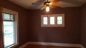 Niagara Falls Room 4 Rent,centrally located by Main & Lundy's Ln