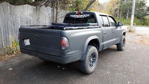 2004 Dodge Dakota Quad cab Pickup Truck