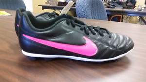 Youth Size 5 Pink and Black Nike Soccer Cleats