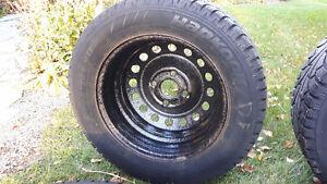 4 Winter Tires with Rims-205/60R15 Hankook Tires Kitchener / Waterloo Kitchener Area image 4