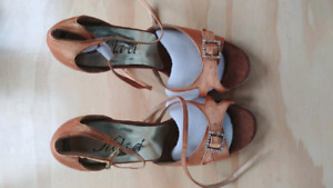 BRAND NEW Latin Dance Shoes, size 7.5