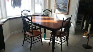 Dining set , Hutch, Table, 6 Chairs (Beautiful Forest Green)
