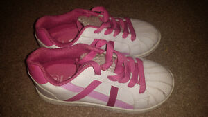 Girls size 2 running shoes