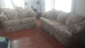 Matching Couch & Loveseat **Delivery Avaiable**