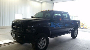 2009 Ford F-250 Harley Davidson Edition Pickup Truck