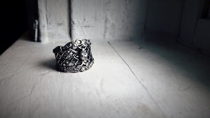 Antique ring- size 6