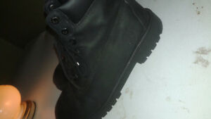 Black timberland boots