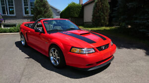 Ford Mustang GT 2000 Convertible