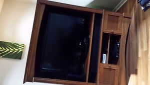 Armoire TV Stand