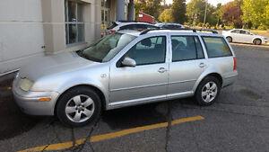 Volkswagen Jetta tout option Familiale 2003 (Négociable)