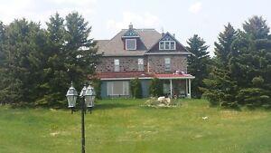 160 ACRES  FIELDSTONE HOUSE...MANY OUTBUILDINGS !  IN DOOR POOL