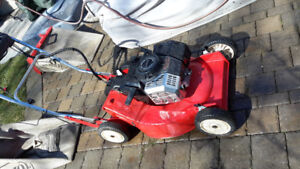 Toro 2 cycle  mower self propelled suzuki engine, japan