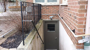 NEWMARKET $950 BRIGHT LARGE WALKUP BASEMENT FOR RENT