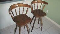 Pair of solid wood swiveling bar stools