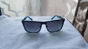 Lunette Guess