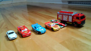 Petites voitures CARS