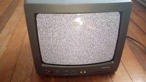 color tv Toshiba 35inch screen ideal for camp