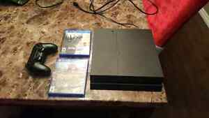 Mint ps4 with two games and controller
