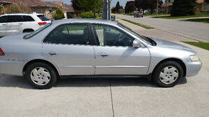 2001 Honda Accord Coupe (2 door)