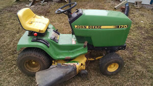 John Deere 170 riding lawn mower