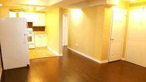 SPACIUOS $1385 TWO BEDROOM APART BRIGHT CLEAN NEAR HWY 401